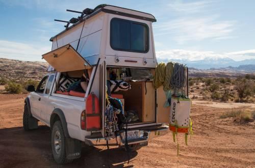 custom pop up camper