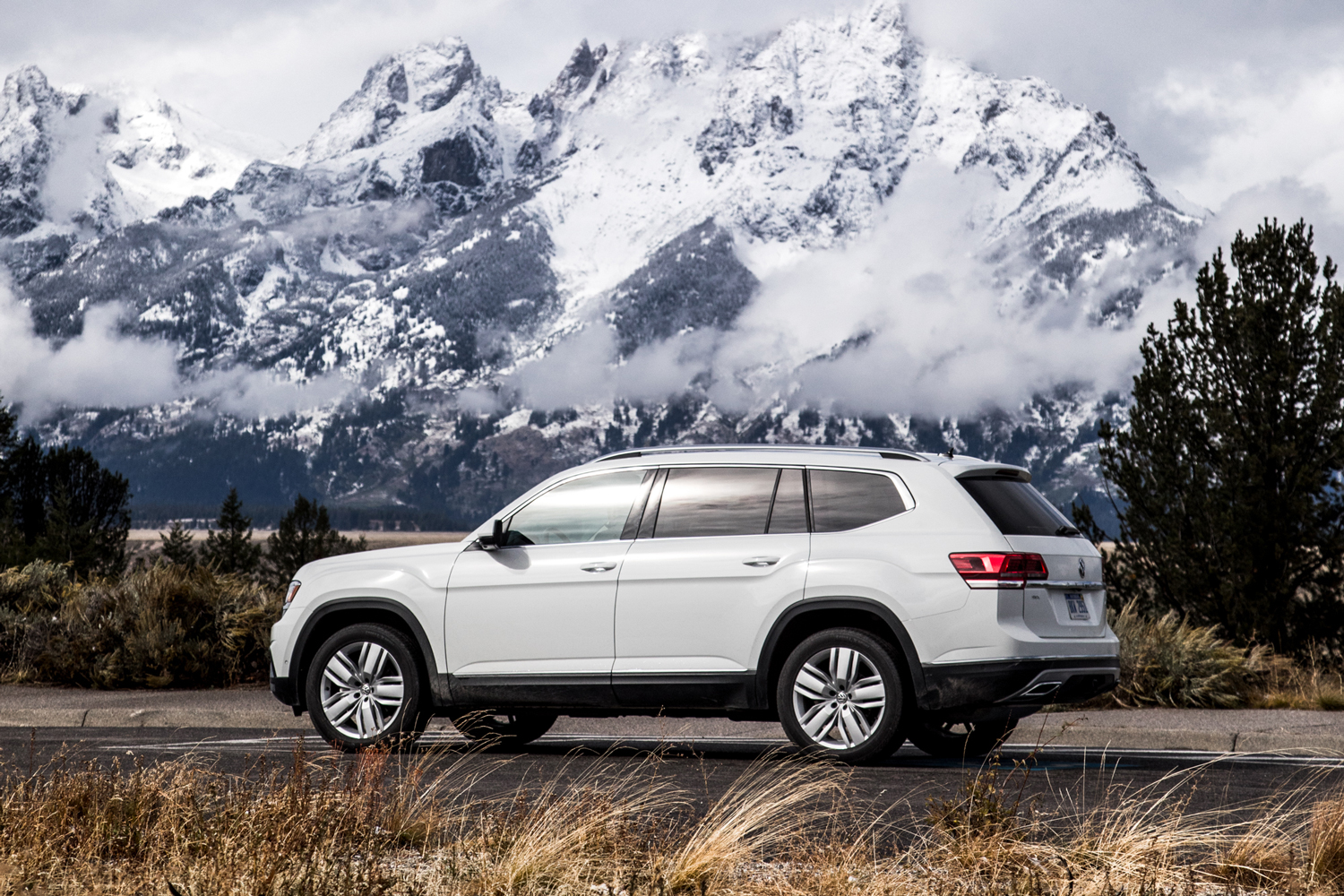 VW Atlas Challenges Subaru for Mountain Town Dominance ...