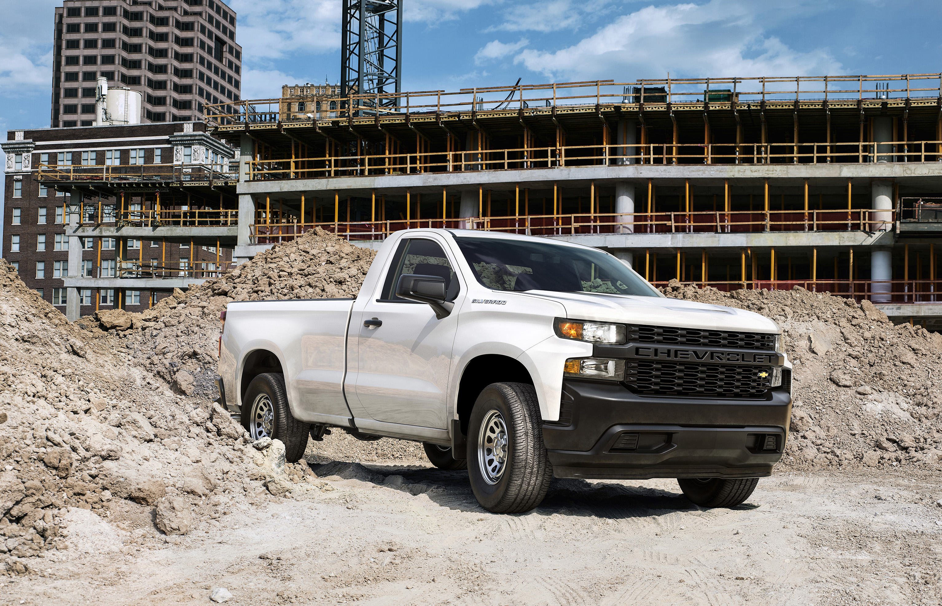 Photo Sleuth Chevy S 2020 Silverado Teaser Dissected Gearjunkie