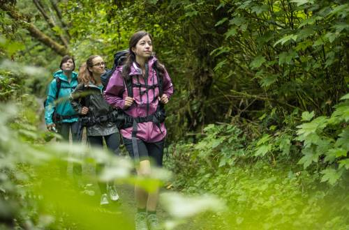 Columbia -Offline Video with She Explores - 3 women hiking