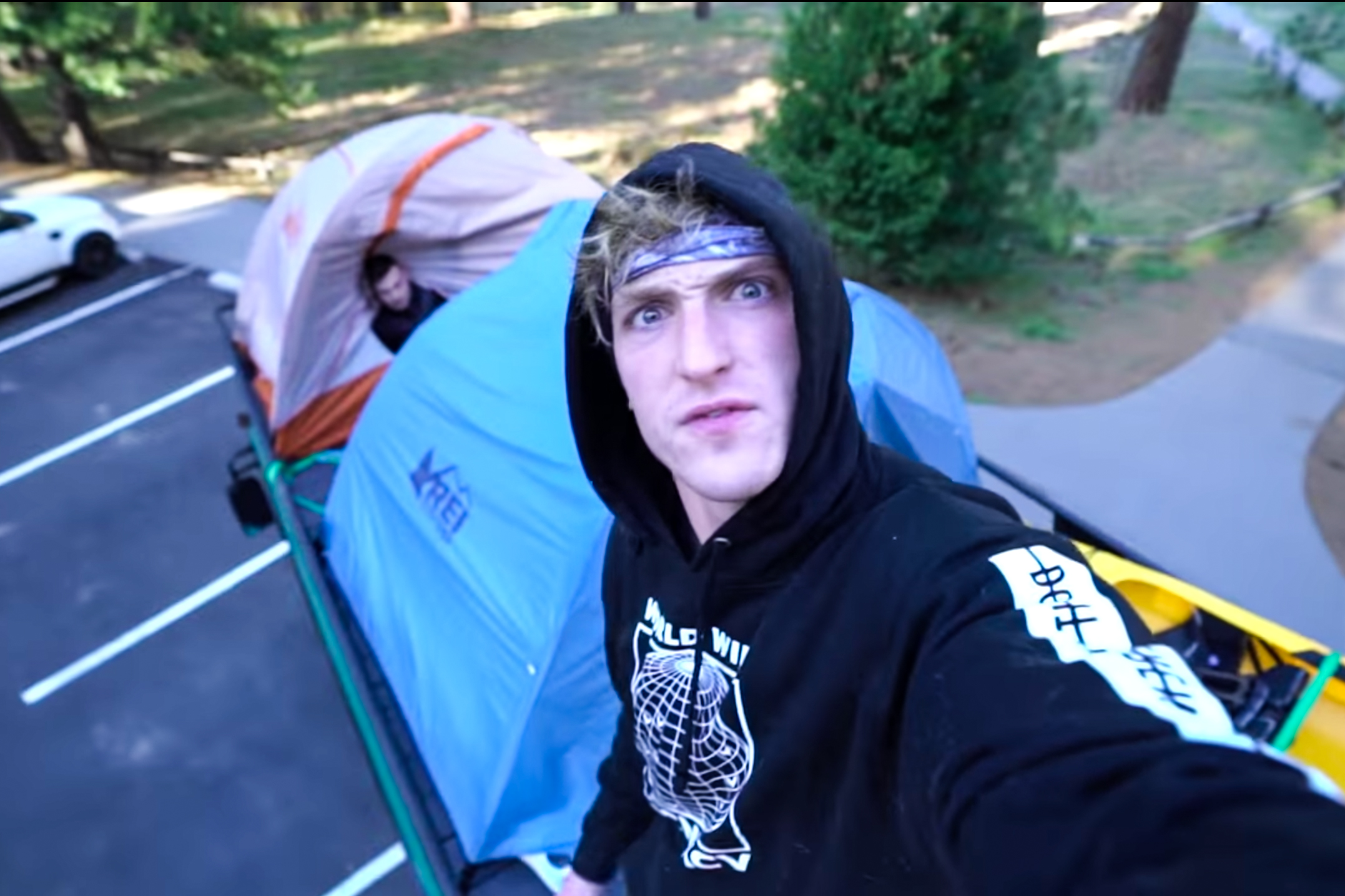 youtuber logan paul kicked out of yosemite national park gearjunkie. Black Bedroom Furniture Sets. Home Design Ideas