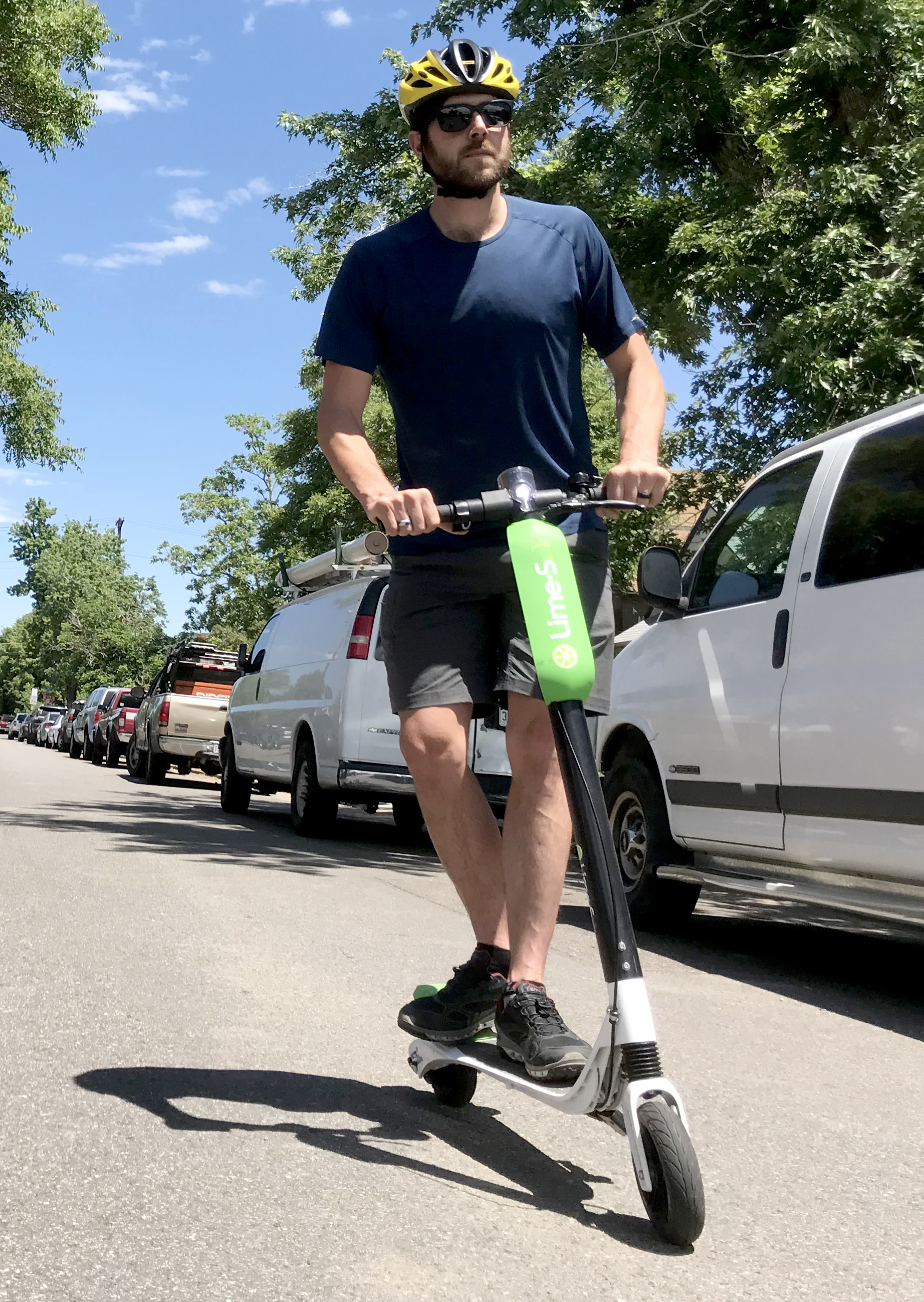 Scoot Commute: Citywide e‑Scooters Hit US | GearJunkie