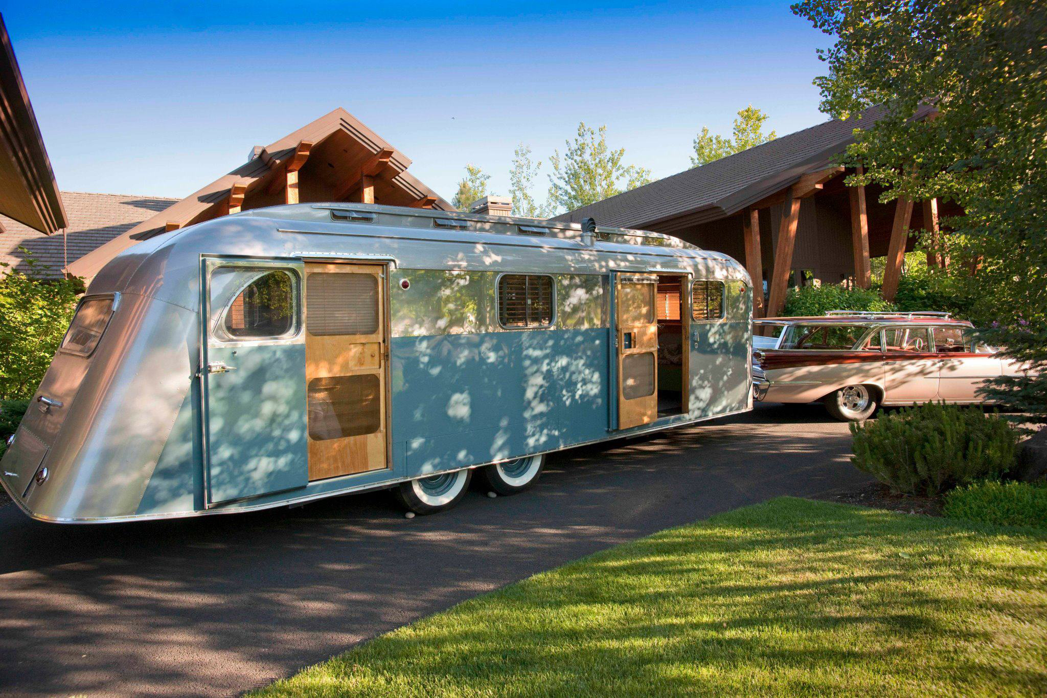 Marvelous Your Next Summer Project Restore A Vintage Trailer Gearjunkie Download Free Architecture Designs Estepponolmadebymaigaardcom