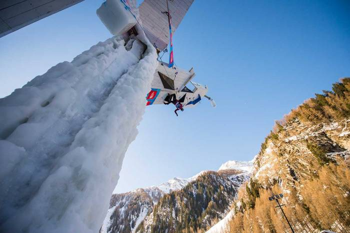 Denver Hosts 2019 UIAA World Cup Ice Climbing