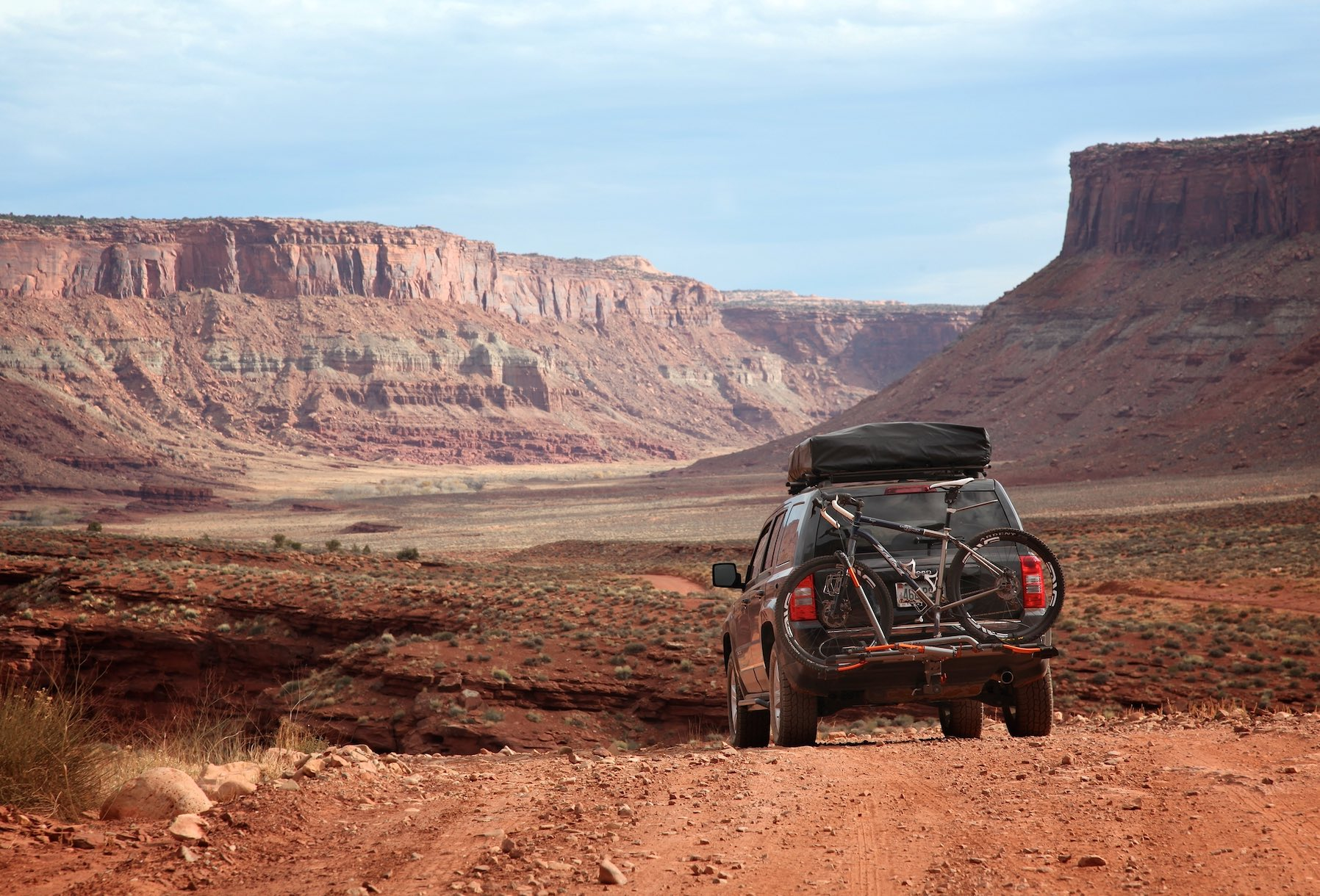 Rooftop Tents and the Love-Hate Paradox   GearJunkie
