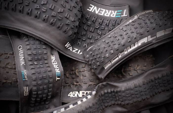 Chose mountain bike tires