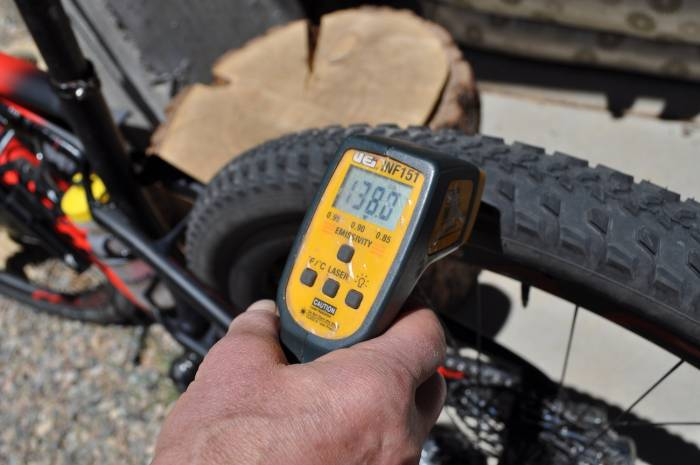 What mountain bike tire pressure should I use