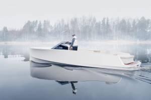 electric Yacht Q30