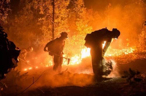 Firefighters battle 416 Fire near Durango, Colo.