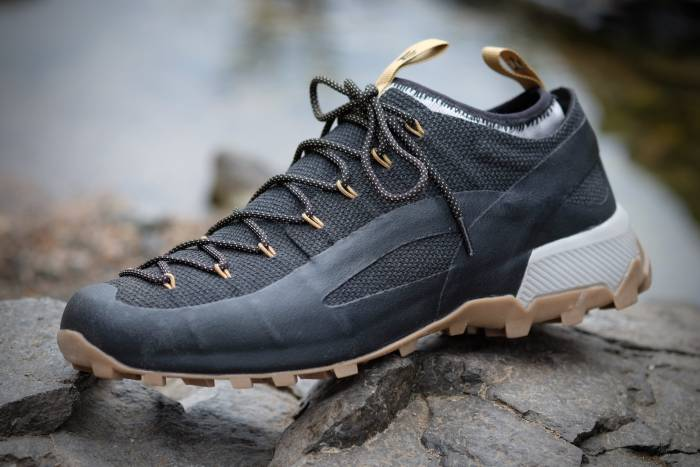 Naglev Unico Kevlar Shoe Review This Italian Hiker Is