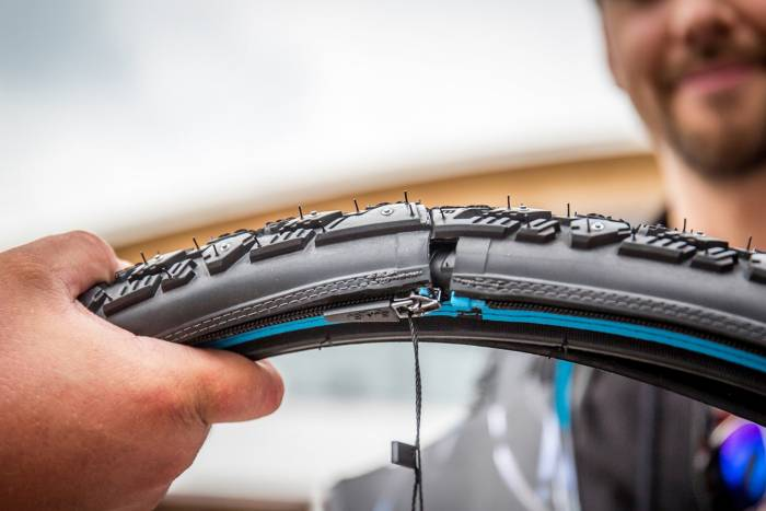 reTyre zip-on bike tread