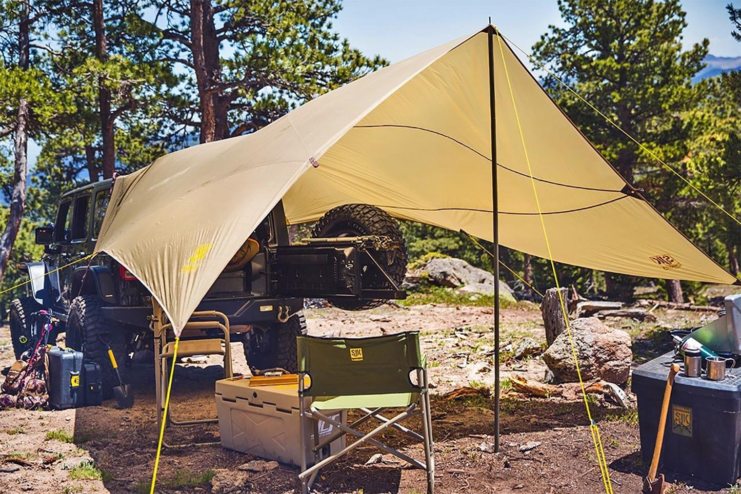 Slumberjack Roadhouse tarp on Humvee