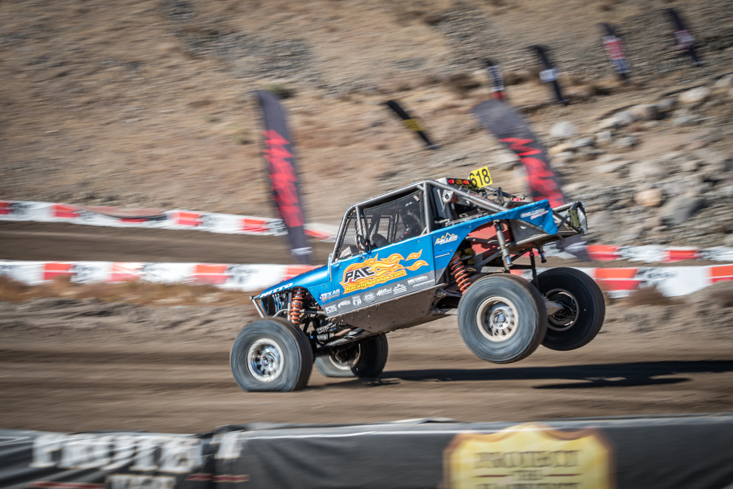 Welcome To The Insane World Of Off Road Ultra4 Racing Gearjunkie Safety Harness Ultra 4