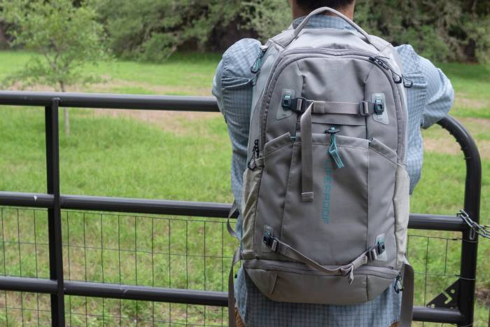 LifeProof Squamish XL 32L Backpack