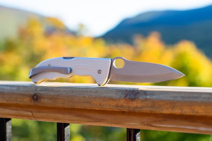 Swiss Army Knife Victorinox Hunter Alox Review