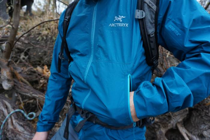 Arc'teryx Zeta FL Blue Jacket River Hike