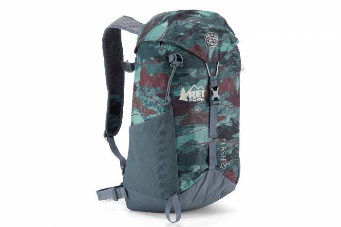 REI Co op national scenic pack flash 22