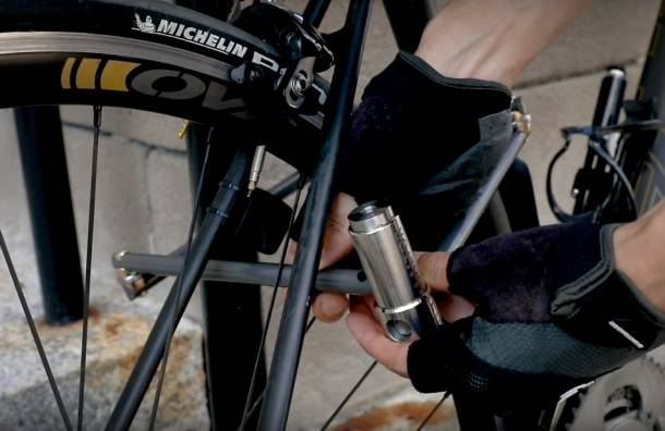 Super Light Security Thwart Thieves With Titanium Bike