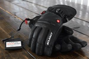 1083-HeatTouch-Hellfire-Glove_BLACK_glamor