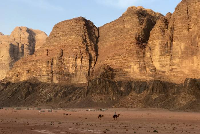 five adventures in jordan WADI RUM