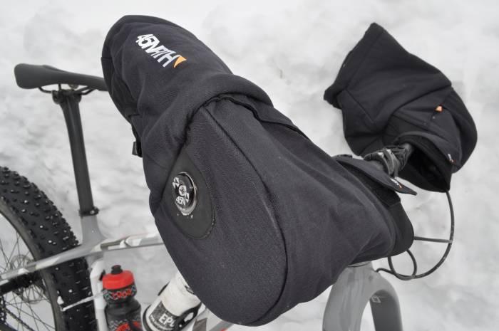 45NRTH Cobrafist Bike Pogies