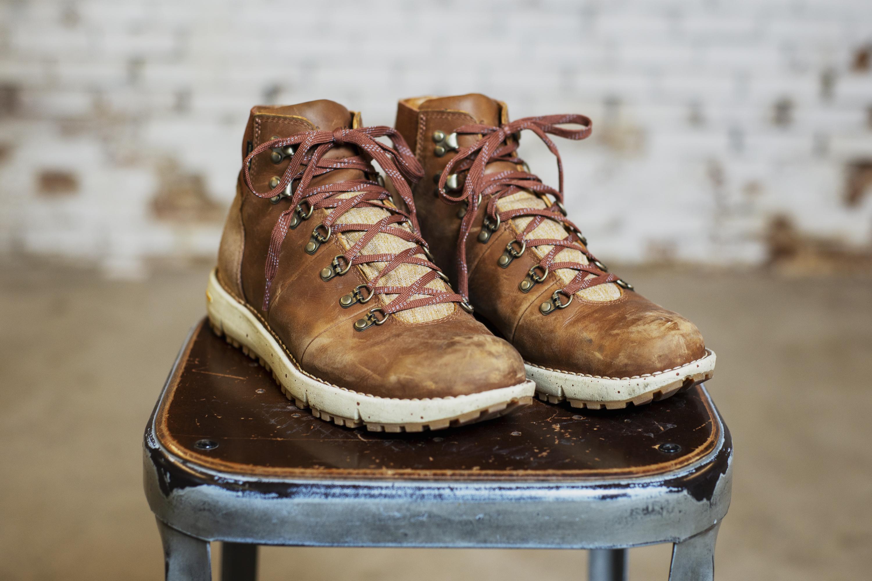 b0e7fcb677ff Danner Vertigo 917 Review  The Comfiest Leather Boot Yet