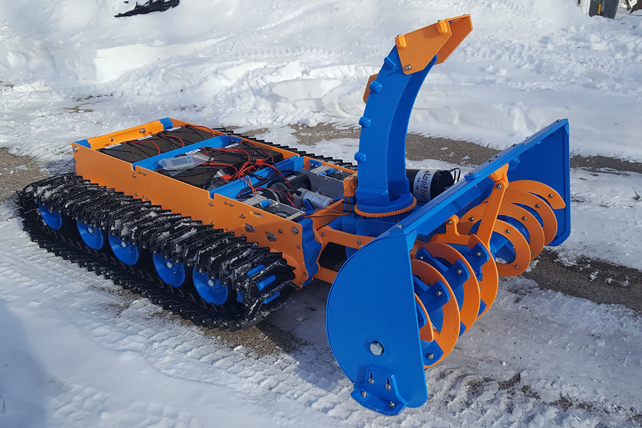 2XSpyker Kat remote-controlled snowblower