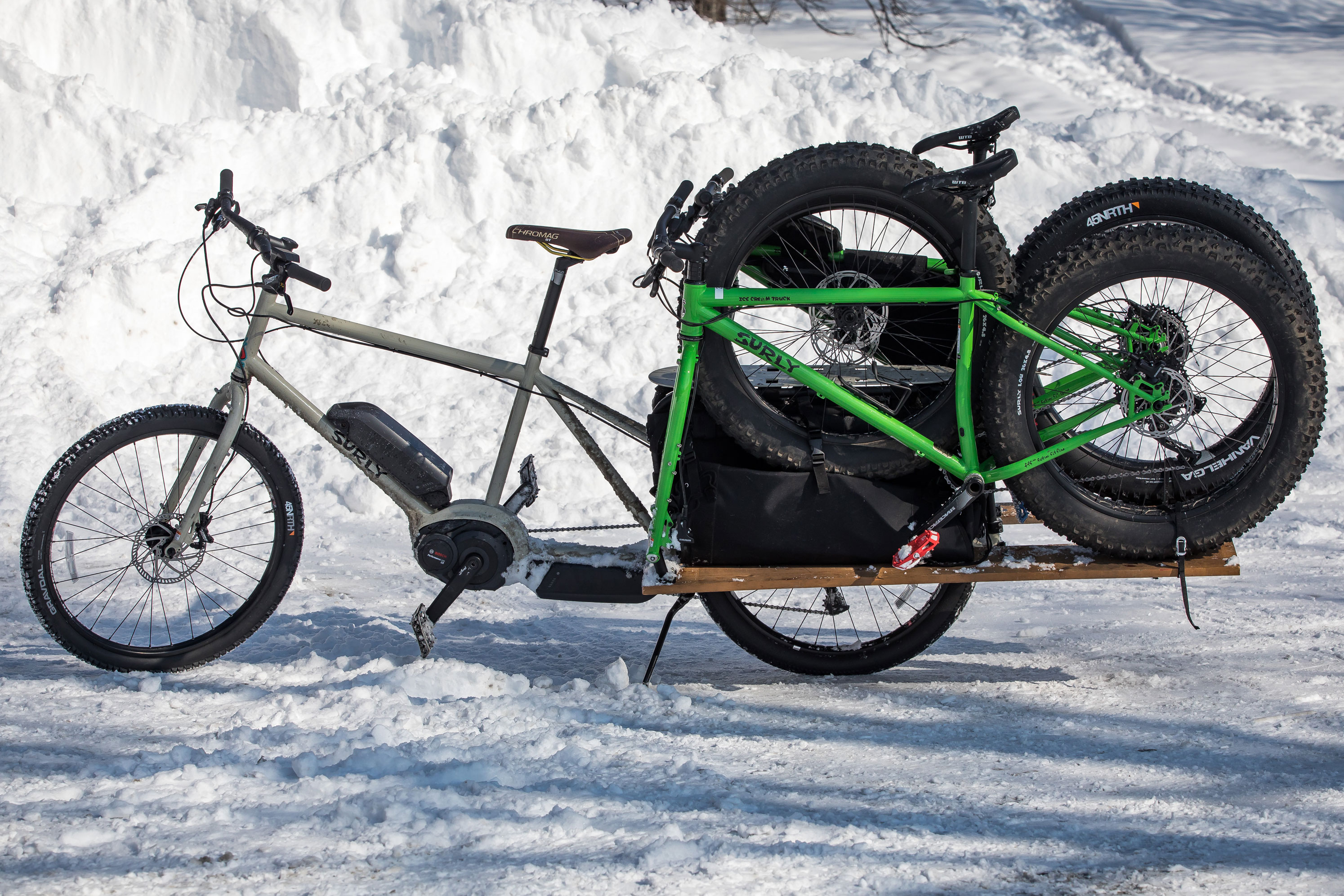 surly big easy e-cargo bike towing fat bikes