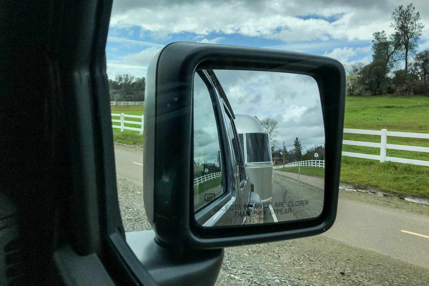 Jeep Gladiator Pickup Truck sideview mirror