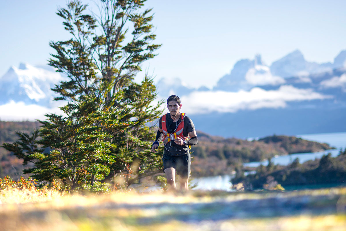 Patagonia Camp Cup trail race runner