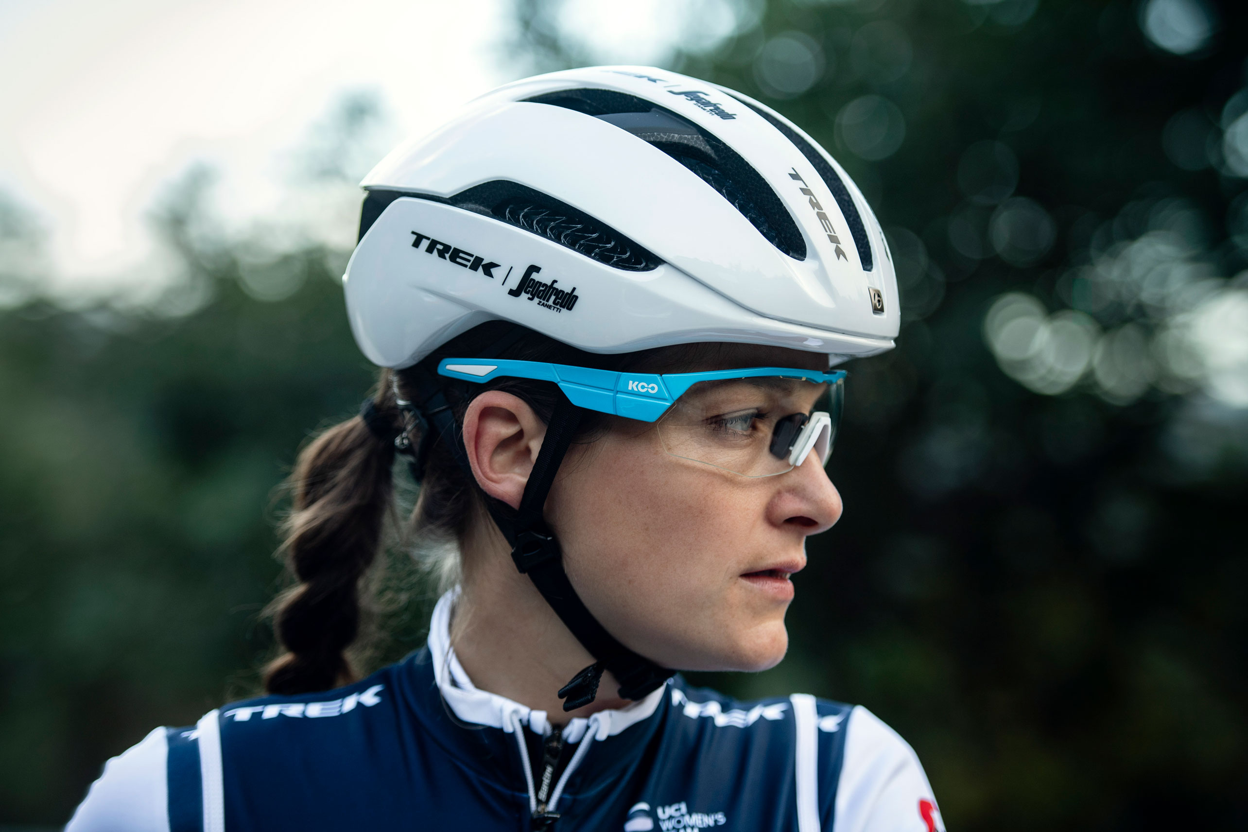 Cyclist wearing Bonrager WaveCel helmet