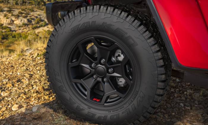 2020 Jeep Gladiator Launch Edition tire