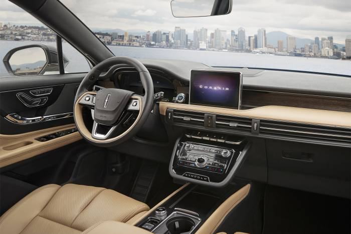 2020 Lincoln Corsair interior