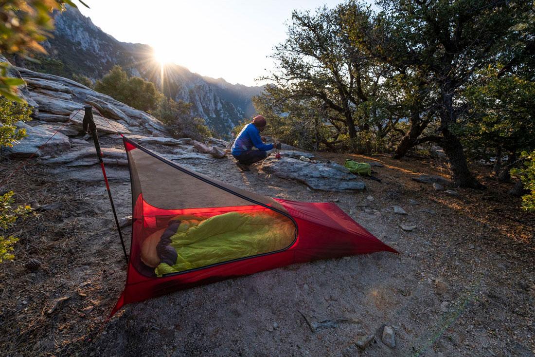 MSR Mesh House 1 single-trekking pole shelter