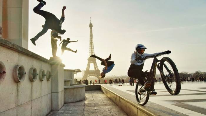 Mountain Biking Meets Parkour in Epic Urban Freeride Video