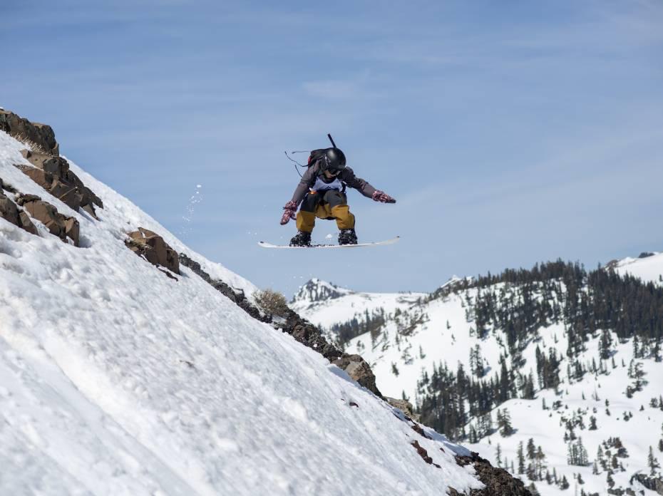 Red Bull Raid skiing splitboarding competition