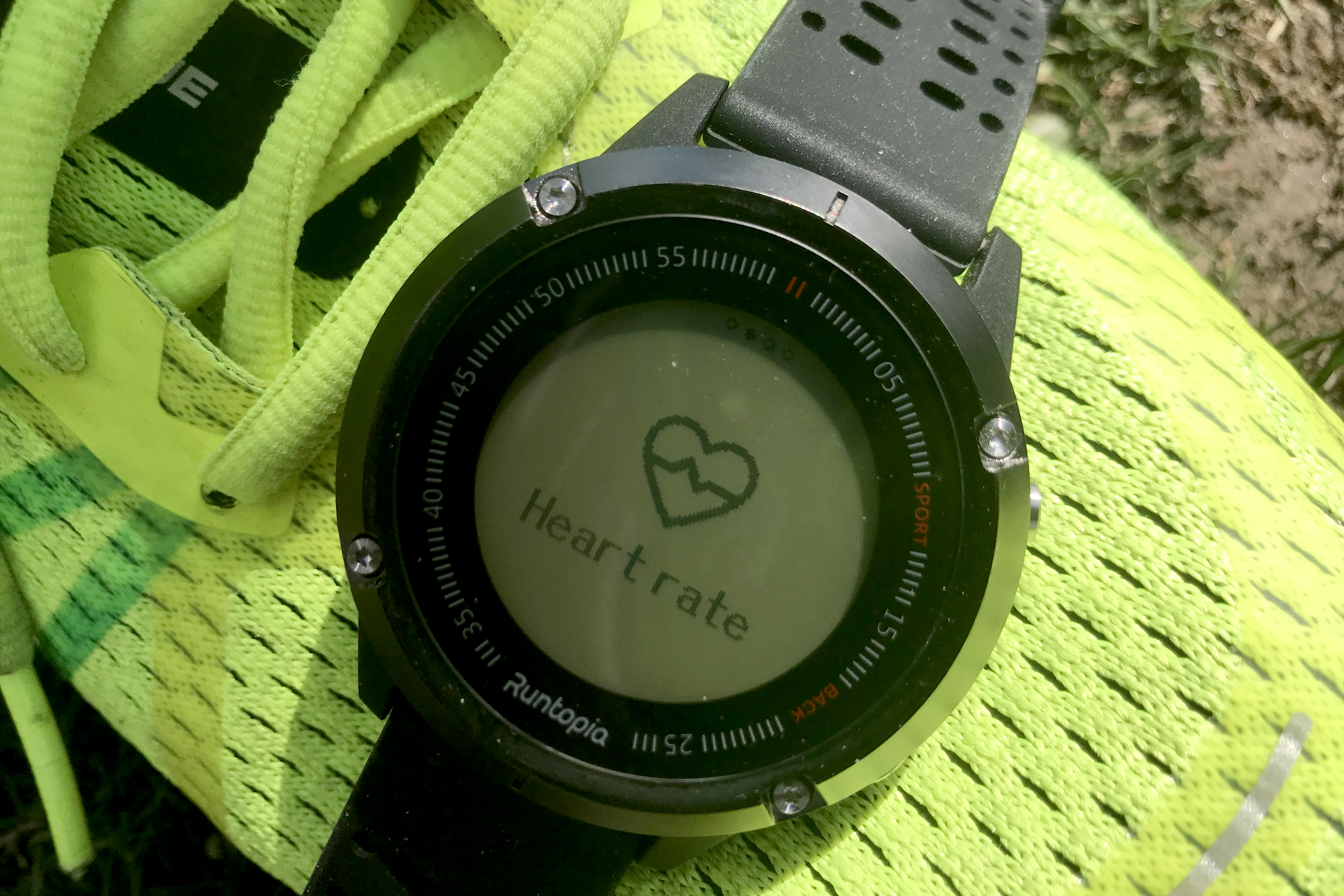 Runtopia GPS Watch Costs $69 and Actually Works   GearJunkie