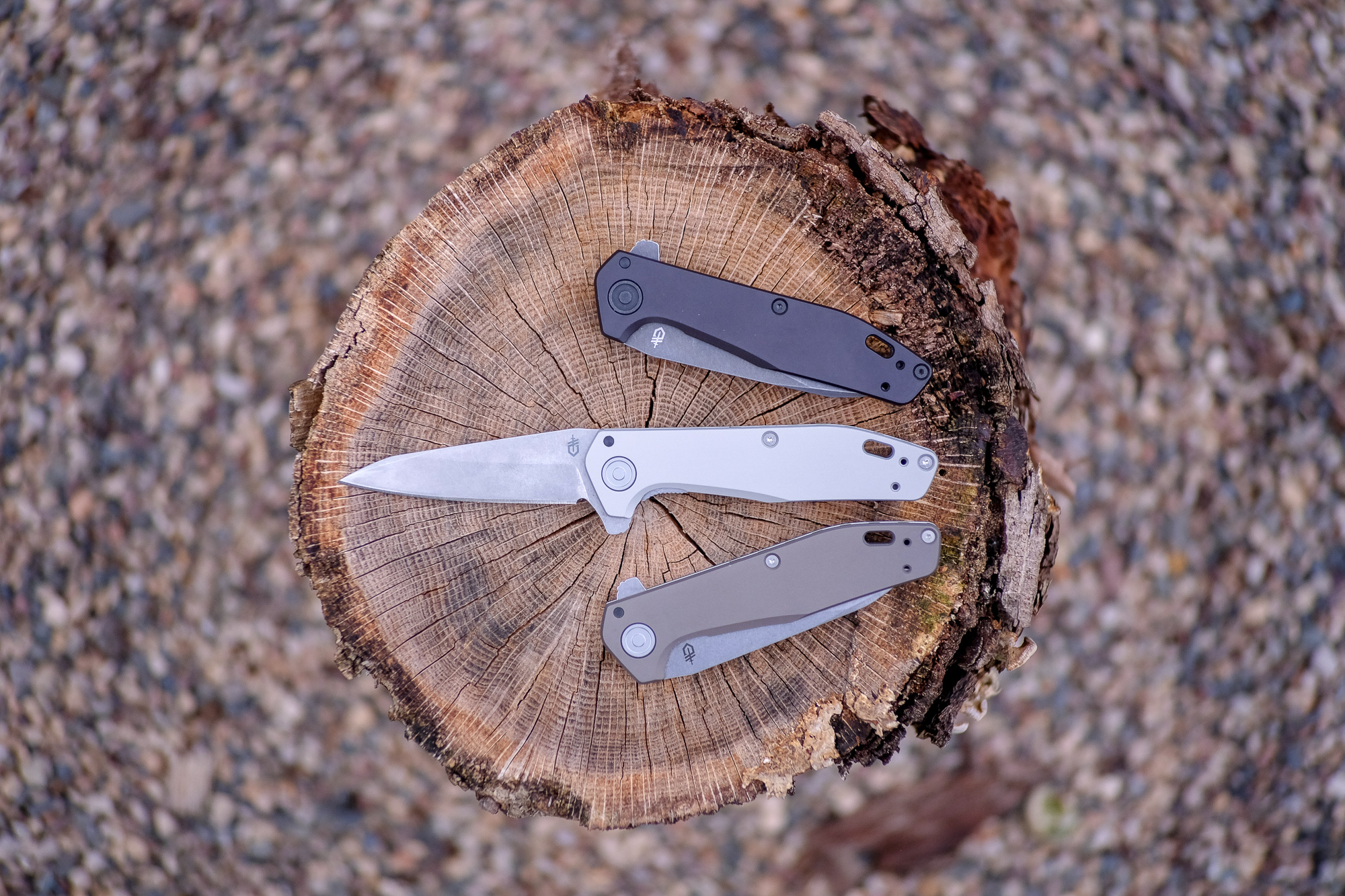 Gerber Fastball knife all colors on stump