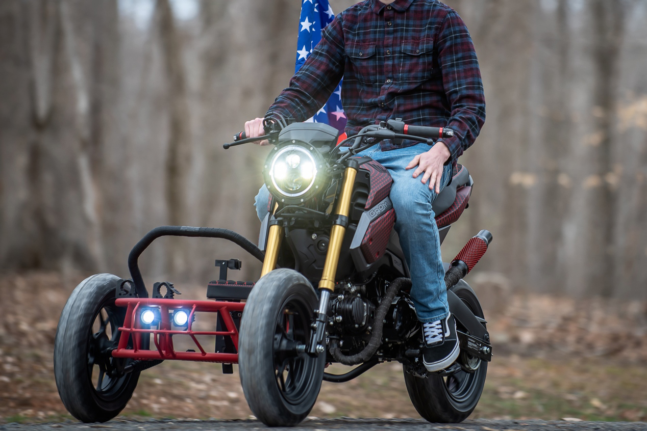 Tiny 'Grom Utility Sidecar' Looks Fun as Hell