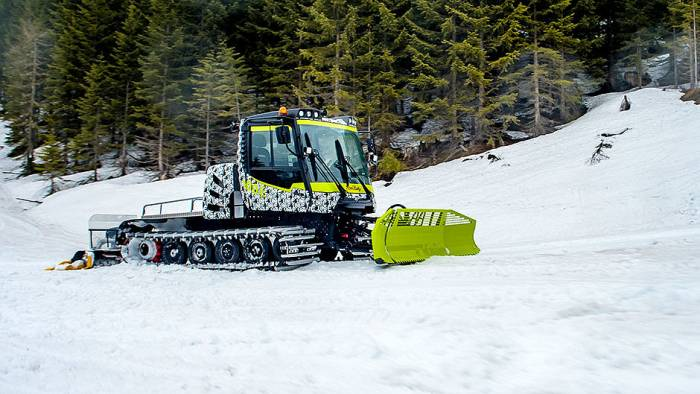 electric-snow-groomer-e-100