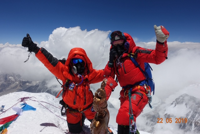 Woman Sends 'Lightning Ascent' of Mount Everest: San Fran to Summit in 2 Weeks