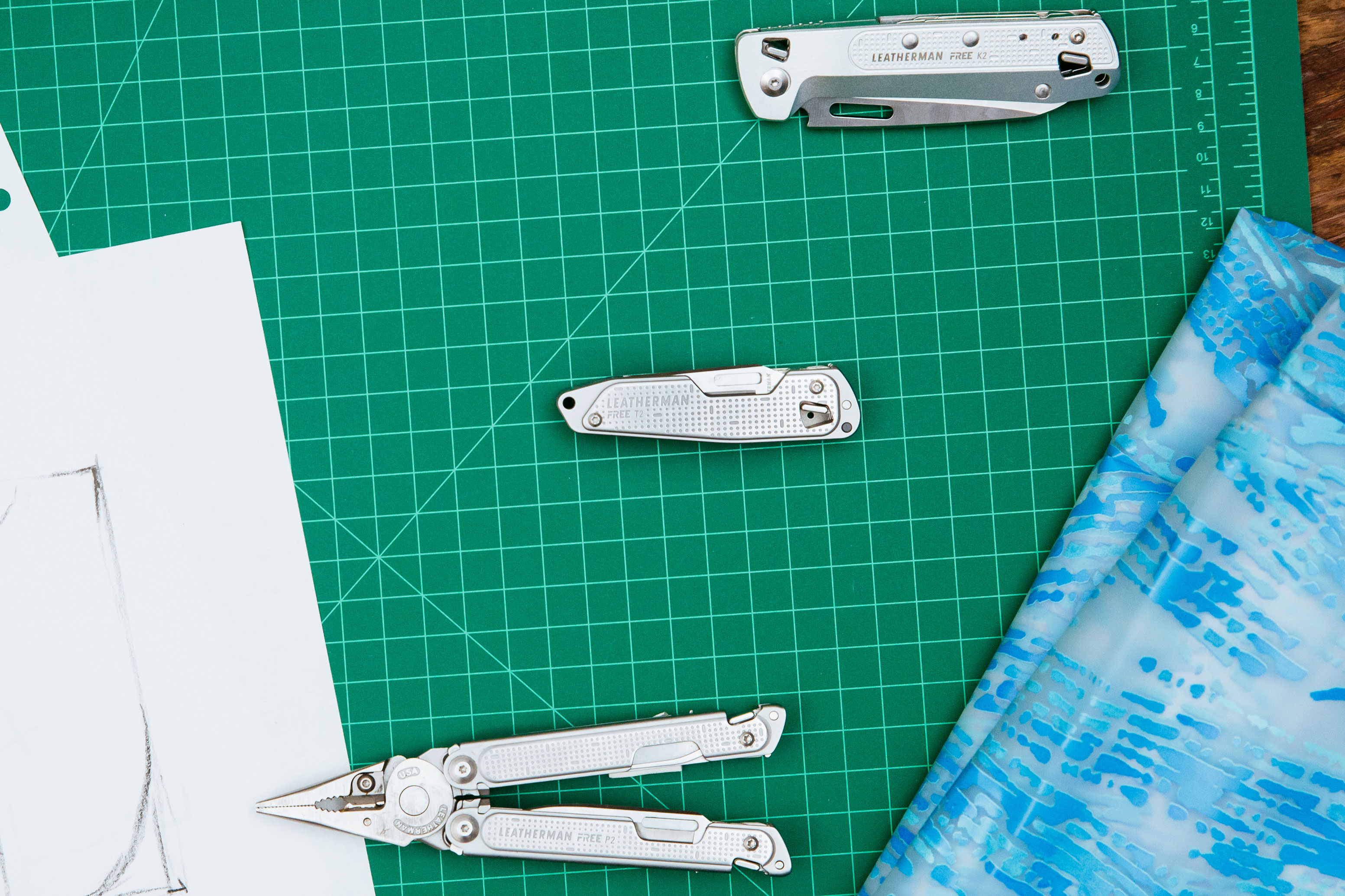 Leatherman FREE series multi-tools knives