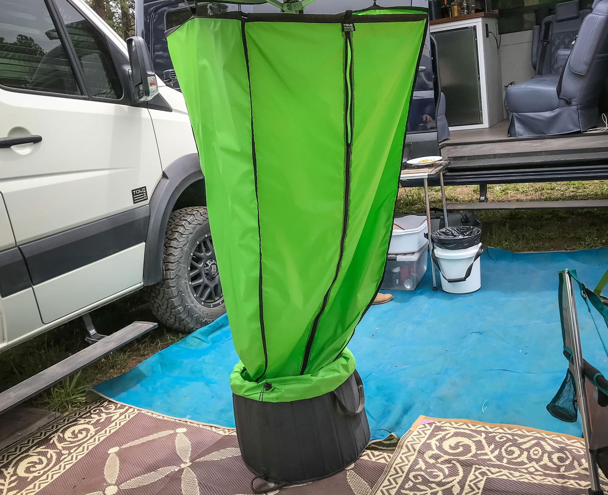 TourRig Shower System