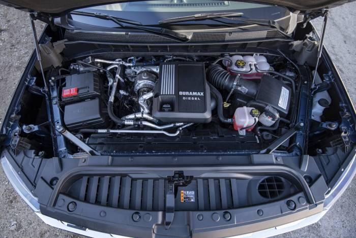 The Chevrolet Silverado's 3L Duramax inline six-cylinder turbo-diesel engine