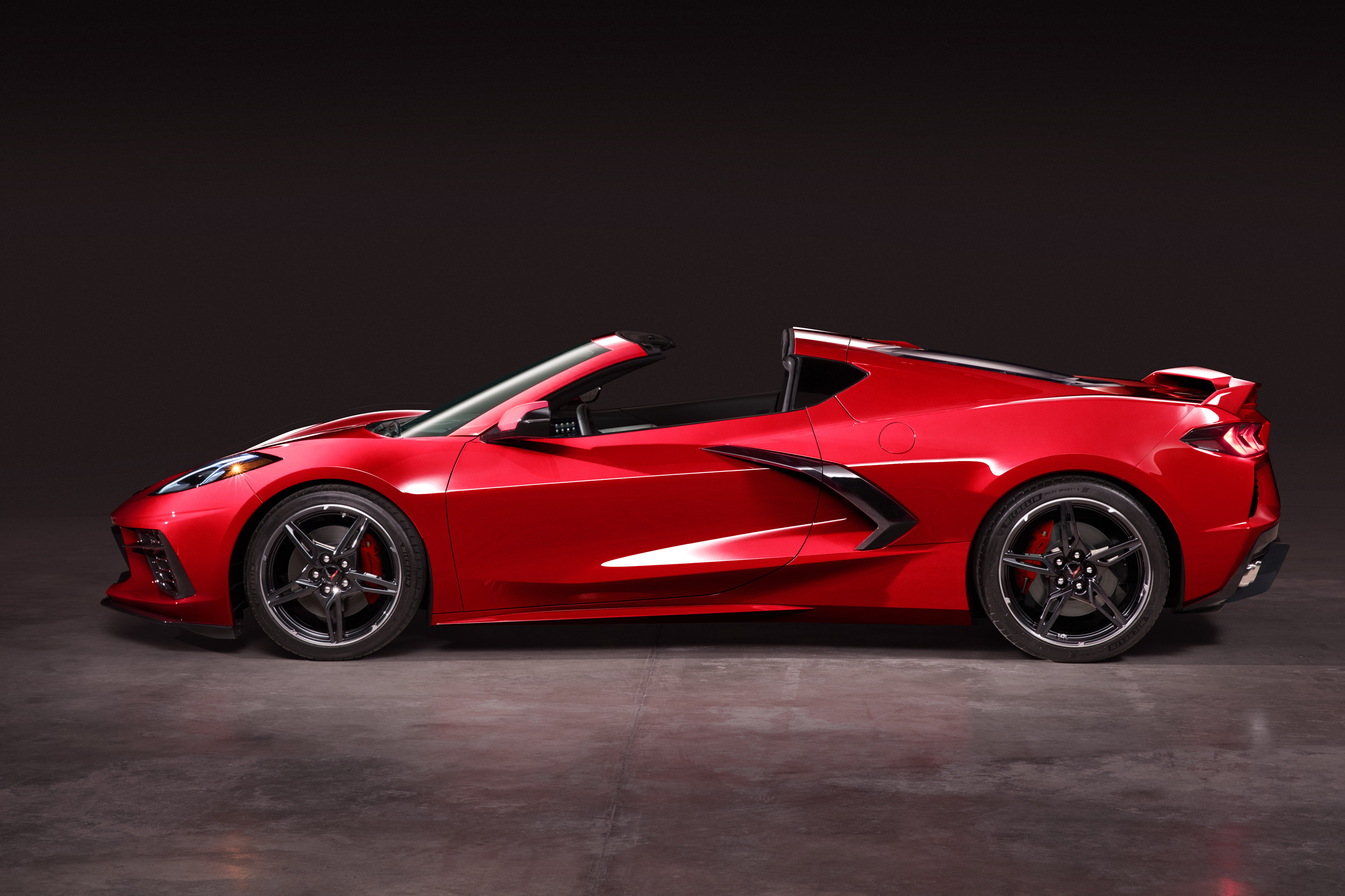 New Corvette Stingray >> The 2020 Corvette Stingray Redefines A Classic Gearjunkie