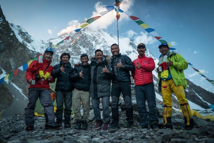 nims-purja-k2-summit-team
