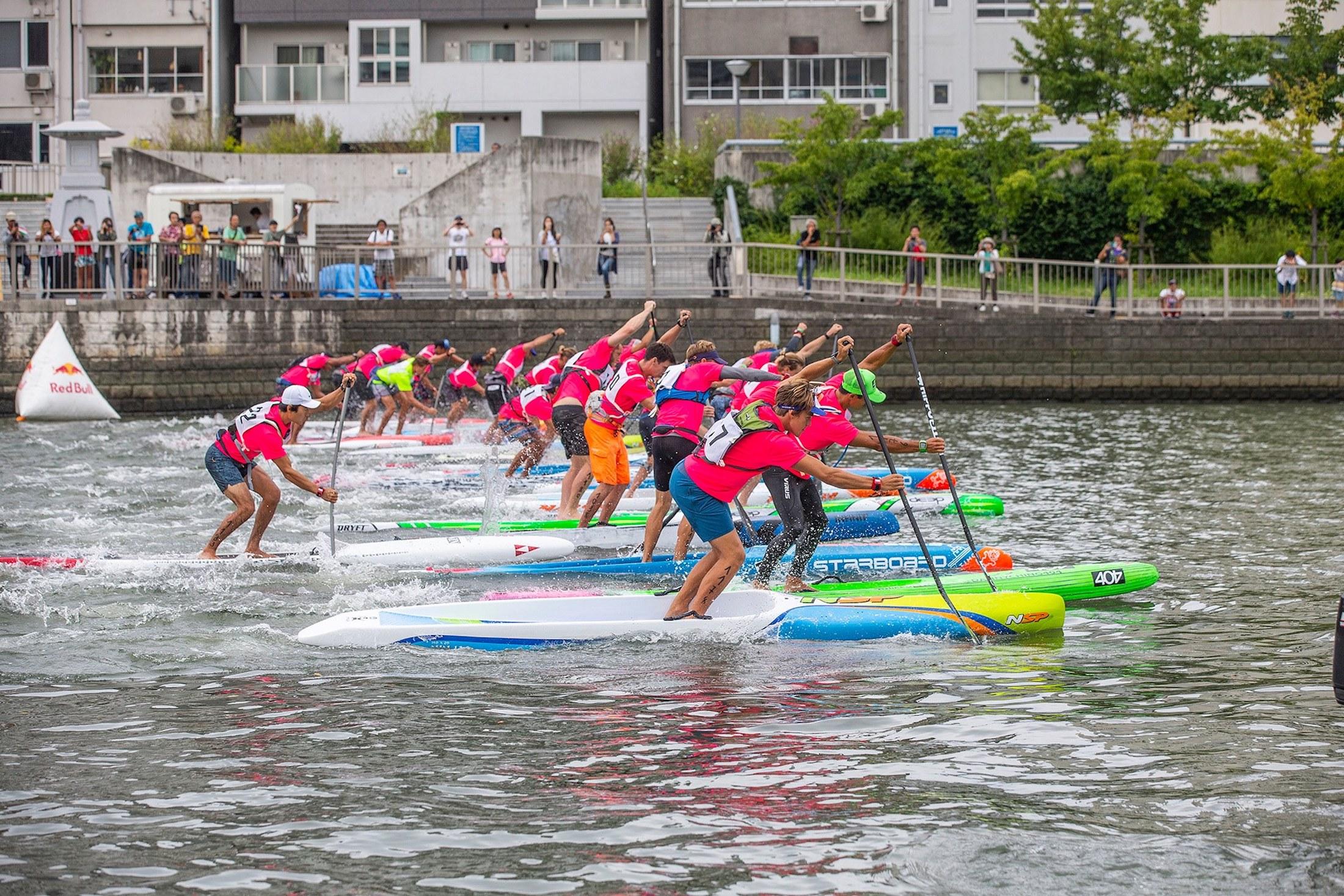 paddlers racing at APP World Tour in Osaka, Japan