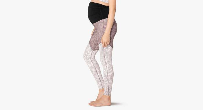 Beyond Yoga maternity workout leggings