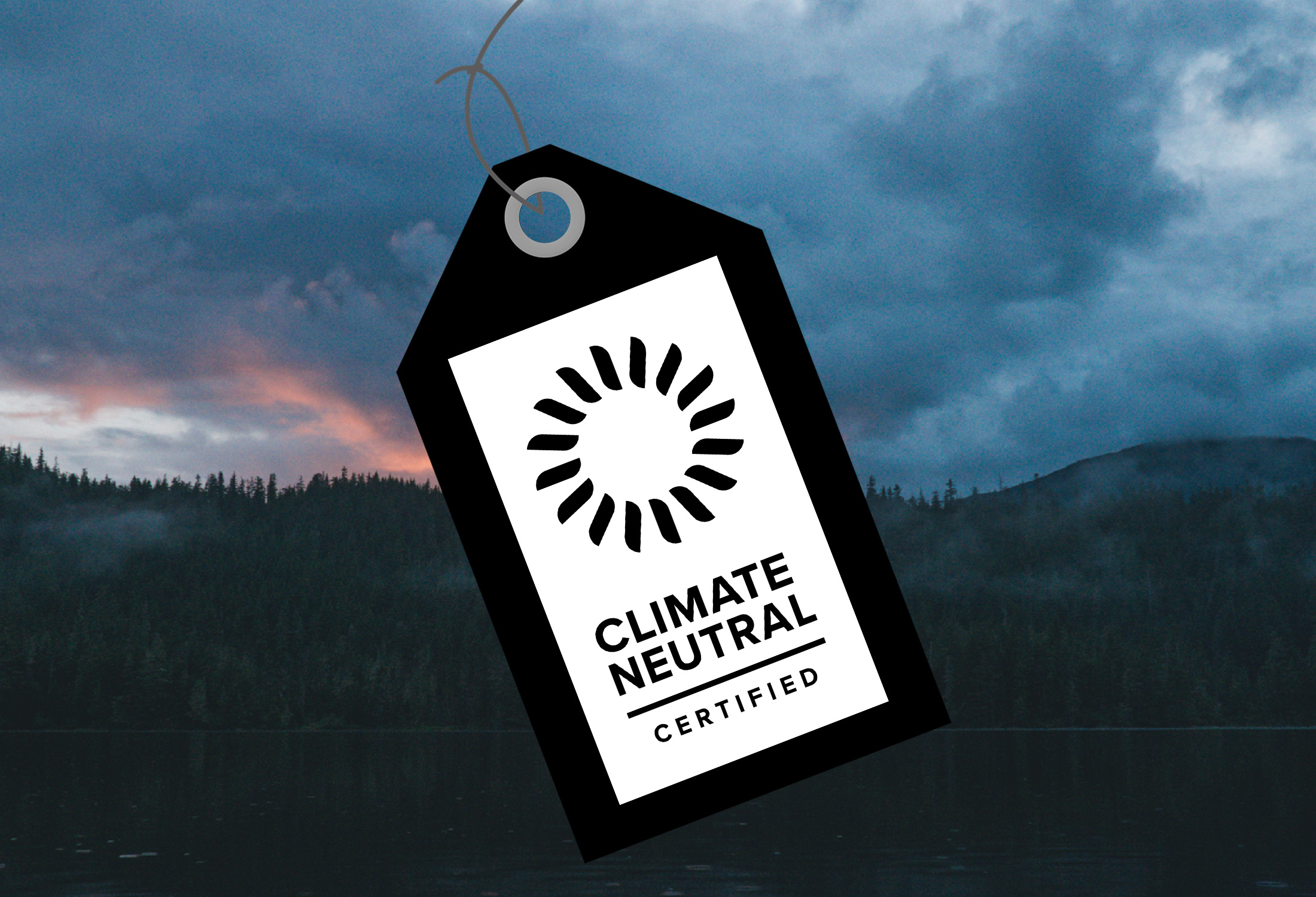 climate neutral black and white hangtag