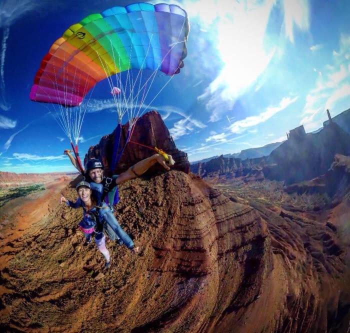 BASE jumping in Moab